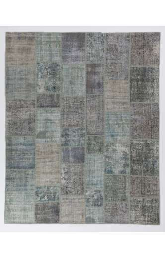 8' x 10' (245 x 305 cm) Light Blue & Turquoise Patchwork Rug